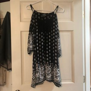 Size L black& white paisley cold shoulder  dress